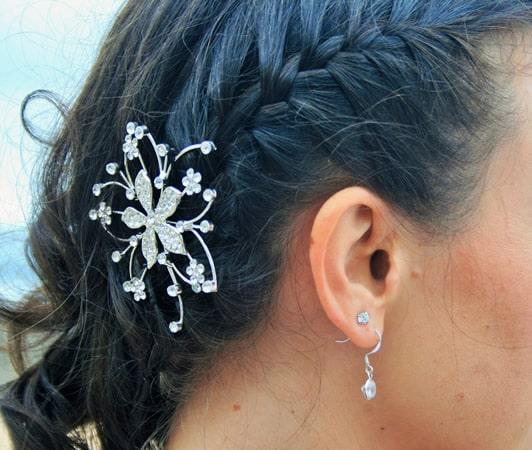 peinados para novias con adornos
